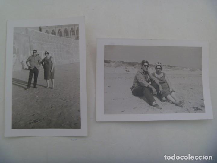 LOTE DE 2 FOTOS DE PAREJA EN CHIPIONA ( CADIZ ) (Fotografía Antigua - Fotomecánica)