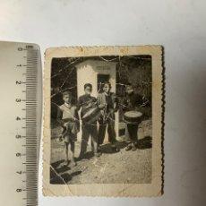 Fotografía antigua: FOTO. CHICOS CON CORNETAS Y TAMBORES. FOTÓGRAFO?. BENIFAYO?.. Lote 277531643
