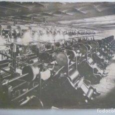 Fotografía antigua: GRAN FOTO DE EMPRESA DE HILOS, POSIBLEMENTE HYTASA ( HILADOS Y TEJIDOS ANDALUCES )....24 X 29 CM. Lote 279409758