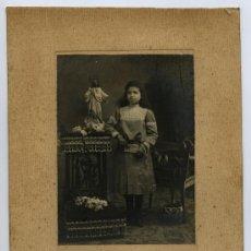 Fotografía antigua: SABADELL. F: ALBERT RIFÁ. PRIMERA COMUNIÓN. CIRCA 1920. Lote 25390521