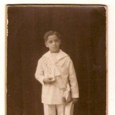 Fotografía antigua: RETRATO DE UN MUCHACHO BUENO, DE PRIMERA COMUNIÓN. FOT. BUSQUETS DE BARCELONA. CIRCA 1915. Lote 26118843