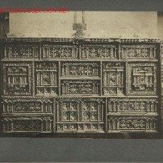 Fotografía antigua: FOTOGRAFÍA ANTIGUA DE MOBILIARIO ESPAÑOL. BARGUEÑO MUDEJAR SIGLO XVI. Lote 23193001