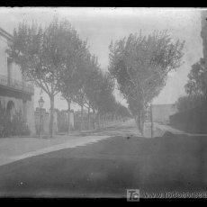 Fotografía antigua: CALLE. BARCELONA. PARTE ALTA DE BCN. CIRCA 1915. NEGATIVO DE CRISTAL Y GELATINOBROMURO.. Lote 27501119