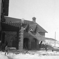 Fotografía antigua: EL XALET. LA MOLINA. INTERESANTE FOTO DEL CHALET. CIRCA 1930. SIN AUTORÍA.. Lote 11692060
