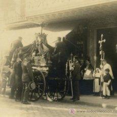 Fotografía antigua: ENTIERRO. BARCELONA. CIRCA 1920. Lote 19861837