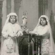 Fotografía antigua: NIÑAS PRIMERA COMUNIÓN. PRECIOSA FOTO. F: BEAUCHY. SEVILLA. CIRCA 1900. Lote 22776530