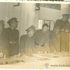 Fotografía antigua - MILITARES. OFICIALES DE ARTILLERÍA. HACIA 1956. LOTE DE 6 FOTOS. - 12165347