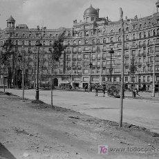 Fotografía antigua: BARCELONA. DIAGONAL. PLAZA F. MACIÀ CON AVENIDA J. TARRADELLES. CIRCA 1930. Lote 25967699