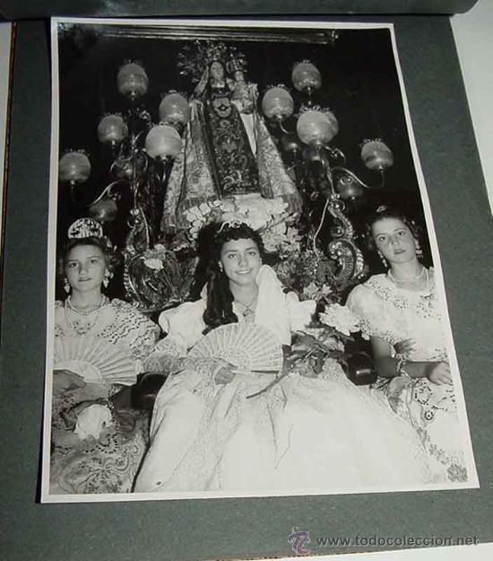 Fotografía antigua: ANTIGUO ALBUM DE FOTOGRAFIAS DE ALCACER - ALCASSER - VALENCIA - 1957, CORONACION de la Virgen del Ca - Foto 2 - 26811639