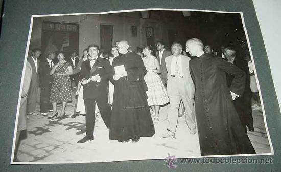 Fotografía antigua: ANTIGUO ALBUM DE FOTOGRAFIAS DE ALCACER - ALCASSER - VALENCIA - 1957, CORONACION de la Virgen del Ca - Foto 5 - 26811639