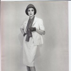 Fotografía antigua: MODA, MODELO PARA VOGUE. FOTO DE ALFREDO DE MOLLI, 1960. 18X24 CM.. Lote 18854477
