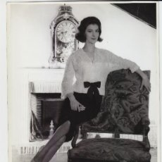 Fotografía antigua: MODA, MODELO PARA VOGUE, 1960. FOTO: PHOTO VOGUE STUDIO 18X24 CM. Lote 18960014