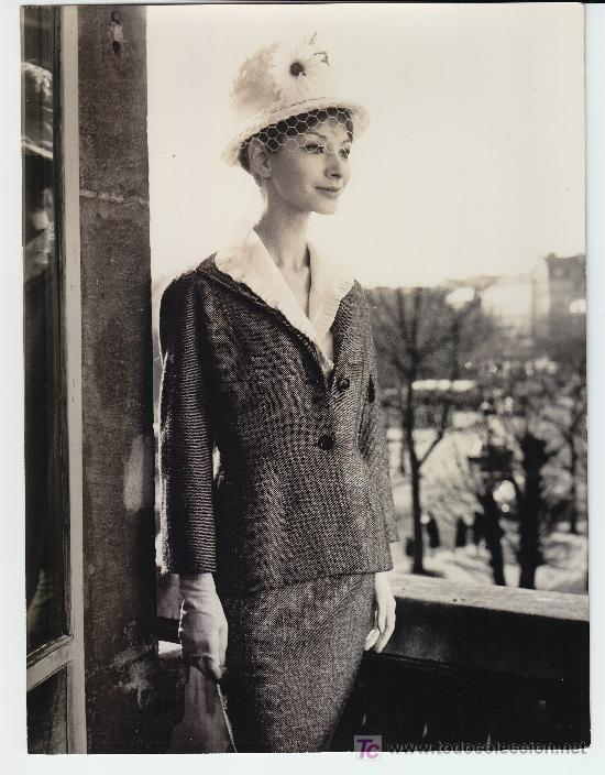 MODA, MODELO PARA VOGUE, FOTO: G. DAMBIER, 1960. 18X24 CM (Fotografía Antigua - Gelatinobromuro)