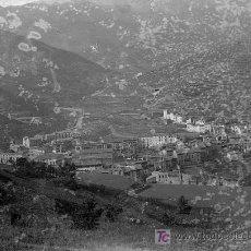 Fotografía antigua: PUEBLO DEL PIRINEO. LUGAR SIN IDENTIFICAR. DOCUMENTO GRÁFICO DE MÁS DE 100 AÑOS. CIRCA 1915. Lote 19911444