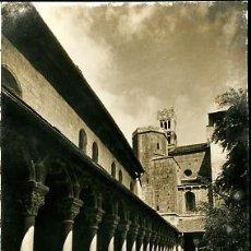 Fotografía antigua: ANTIGUA FOTOGRAFIA. SEO DE URGEL. CLAUSTRO Y CAMPANARIOS. POSTAL. Lote 27105976