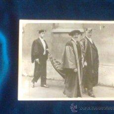 Fotografía antigua: PRECIOSA FOTO REY ALFONSO XIII DOCTOR HONORIS CAUSA UNIVERSIDAD DE OXFORD INGLATERRA, ORIGINAL EPOCA. Lote 29383812
