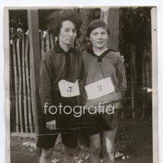 Fotografía antigua: DEPORTE FEMENINO. CAMPEONATO DE PARÍS. VAUSSANVI Y MELLE HELEN. FOTO: MEURISSE. 13X18 CM. 1920'S. Lote 29898552