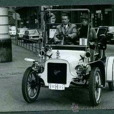 Fotografía antigua: AUTOMOVILISMO. COCHES DE ÉPOCA. RALLY BARCELONA - SITGES. C. 1965 LOTE 10 FOTOS (1).. Lote 31299005