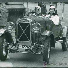 Fotografía antigua: AUTOMOVILISMO. COCHES DE ÉPOCA. RALLY BARCELONA-SITGES. C. 1965 LOTE 10 FOTOS (3). Lote 31299078