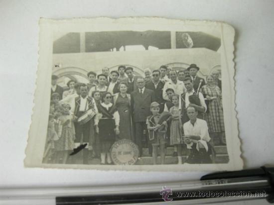 FOTOGRAFIA ANTIGUA DEL FRUPO DE GAITEROS OS MARAVILLAS DE CORME - ENXEBRES DO PAIS - AÑOS 40 GALICIA (Fotografía Antigua - Gelatinobromuro)