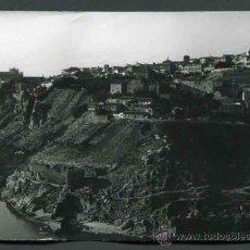 Fotografía antigua: TOLEDO. CASTILLA-LA MANCHA. VISTA 1 DE TOLEDO. C. 1965. Lote 32296679