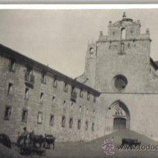 """Fotografía antigua: PEQUEÑA FOTOGRAFIA """"SAN PEDRO DE CARDEÑA"""" (BURGOS) 15 SEPTBRE 1923. Lote 32484270"""
