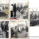 Fotografía antigua: CINCO FOTOGRAFIAS, EL RASTRO (MADRID) AÑOS 60/70. CASA DEL GAS, AMBIENTADAS. Lote 34724933
