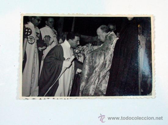ANTIGUA FOTO ACTO COMUNIÓN HERMANDAD COMBATIENTES GUERRA ? AÑOS 40 – 50 (Fotografía Antigua - Gelatinobromuro)