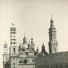 Fotografía antigua: ZARAGOZA. BASÍLICA DEL PILAR. TORRES EN CONSTRUCCIÓN-2. C. 1955. Lote 36428485
