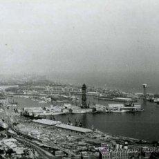 Fotografía antigua: BARCELONA. PUERTO. VISTA DESDE MIRAMAR. 24/9/1960. Lote 37170727