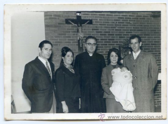 BAUTIZO EN PORTUGALETE, CON SACERDOTE. FOTO GÓMEZ, PORTUGALETE 1968. BILBAO, VIZCAYA 14.5 X 10.5 (Fotografía Antigua - Gelatinobromuro)