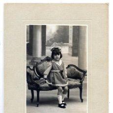 Fotografía antigua: FOTO ALMACENES EL SIGLO RETRATO NIÑA TAMAÑO IMPERIAL . Lote 38749276