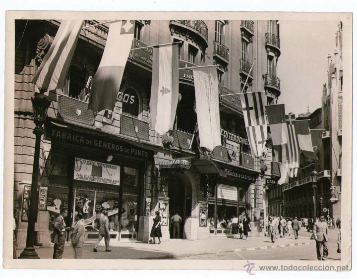 CASA VILARDELL, VIA LAIETANA, BARCELONA. AÑO 1955, FOTO: PEREZ DE ROZAS. 18X24 CM. (Fotografía Antigua - Gelatinobromuro)