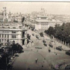 Fotografía antigua: FOTOGRAFIA ORIGINAL DE MADRID SACADA POR UNO DE LOS FOTOGRAFOS DE L.ROISIN PARA MODELO POSTALES. Lote 40185641