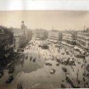 Fotografía antigua: FOTO ORIGINAL DE MADRID, PTA DEL SOL, TOMADA POR LOS FOTOGRAFOS DE L.ROISIN PARA MODELO POSTALES. Lote 40185872
