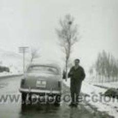 Fotografía antigua: CARRETERA NACIONAL. MEDINACELI. AUTOMOVILISMO. 3/1956. Lote 40285345