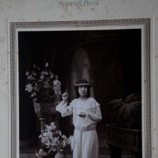 Fotografía antigua: MODERN STUDI. PELLICER. BCN. PRECIOSO RETRATO DE NIÑA PRIMERA COMUNIÓN. C. 1915. Lote 40539443