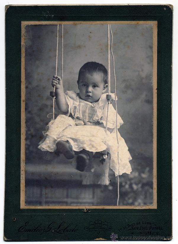 EMILIO G. LOBATO SAN LUIS POTOSI MEXICO NIÑO EN COLUMPIO (Fotografía Antigua - Gelatinobromuro)