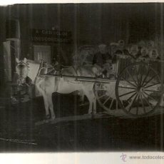 Fotografía antigua: NEGATIVO CRISTAL. CARRO CON CABALLO. CAN COLOM VINOS Y COMIDAS. 9X7 CM.. Lote 42237678