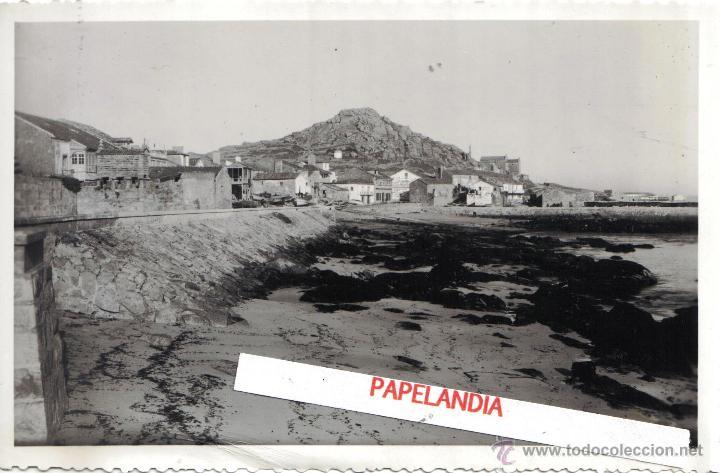 FOTOGRAFIA DE MUGIA, MUXIA (CORUÑA) ENLACE DEL PUERTO CON LA CARRETERA, AÑOS 40, 50 (Fotografía Antigua - Gelatinobromuro)