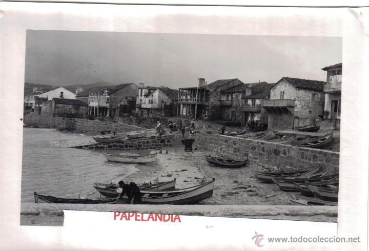 FOTOGRAFIA DE MUGIA, MUXIA(CORUÑA) AÑOS 50 CAMINO EN CONSTRUCCION Y RAMPA VARADERO (Fotografía Antigua - Gelatinobromuro)
