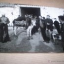 Fotografía antigua: FOTO ABENOJAR CIUDAD REAL PAISANOS BURRO CAZA 1967. Lote 42602480