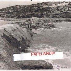 Fotografía antigua: FOTOGRAFIA IBIZA (BALEARES) PUERTO DE IBIZA, DIQUE DE BOTAFOCH, TEMPORAL 15 MARZO 1953. Lote 42618180
