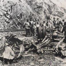 Fotografía antigua: POLA DE GORDON CONSECUENCIAS DEL ACCIDENTE DEL EXPRESO DE ASTURIAS LEON 1934 FERROCARRIL. Lote 42984932