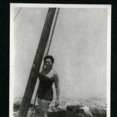 Fotografía antigua: IBIZA. CALAL BASSA. LA PISCINA. 8/1954. Lote 43879990