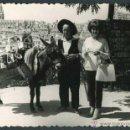 Fotografía antigua: TIPISMO. SEGOVIA. BURRITO. CATEDRAL. C. 1955. Lote 44007390