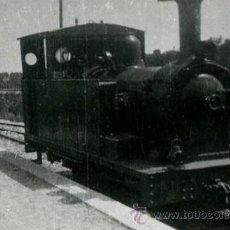 Fotografía antigua: MÁQUINA DE VAPOR. TREN. LOCOMOTORA DEL FC REUS - SALOU. 1946. Lote 44337165