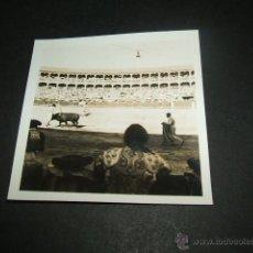 Fotografía antigua: ARANJUEZ MADRID PLAZA DE TOROS ANTIGUA FOTOGRAFÍA AÑOS 40. Lote 45192386