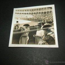 Fotografía antigua: ARANJUEZ MADRID PLAZA DE TOROS ANTIGUA FOTOGRAFÍA AÑOS 40. Lote 45192395