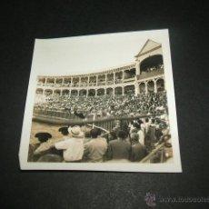 Fotografía antigua: ARANJUEZ MADRID PLAZA DE TOROS ANTIGUA FOTOGRAFÍA AÑOS 40. Lote 45192405